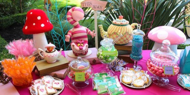 Alice In Wonderland Birthday Party Via Karas
