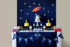 boys-outer-space-themed-party-ideas